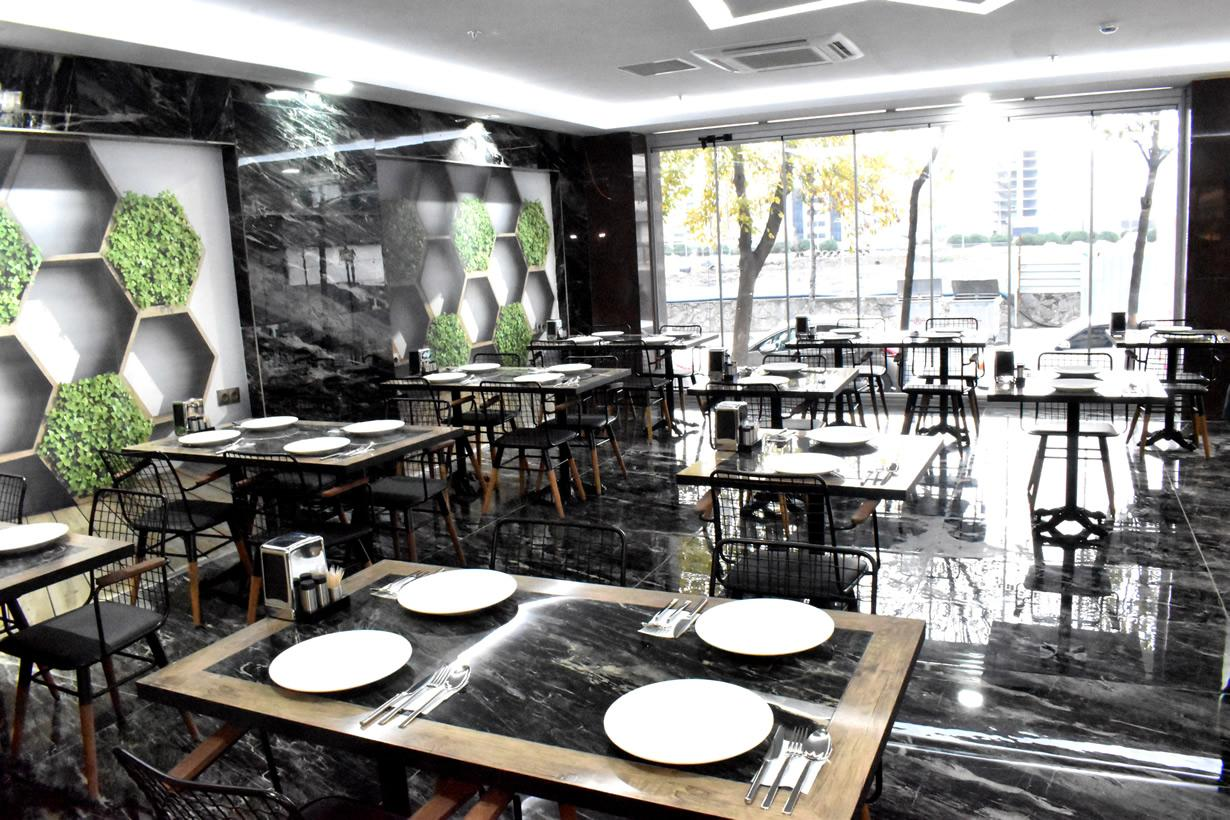 Dem İstanbul Hotel Restaurant